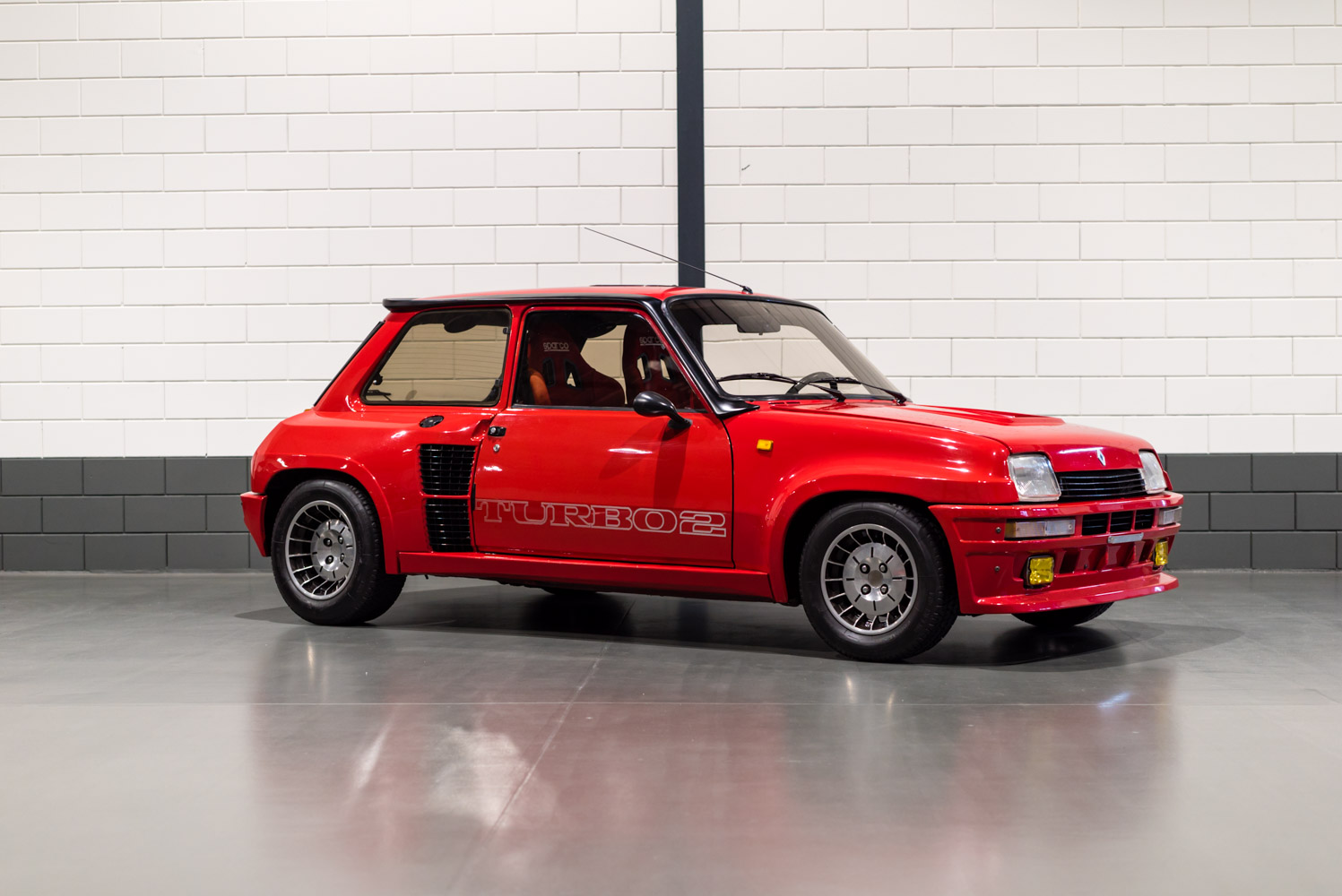 renault 5 turbo 2 s2 cc. Black Bedroom Furniture Sets. Home Design Ideas
